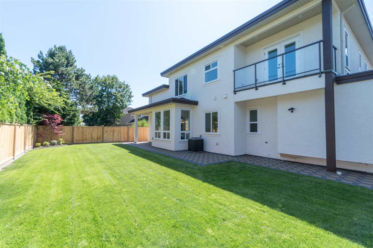 Detached at 8551 BAIRDMORE CRESCENT, Richmond, British Columbia. Image 20