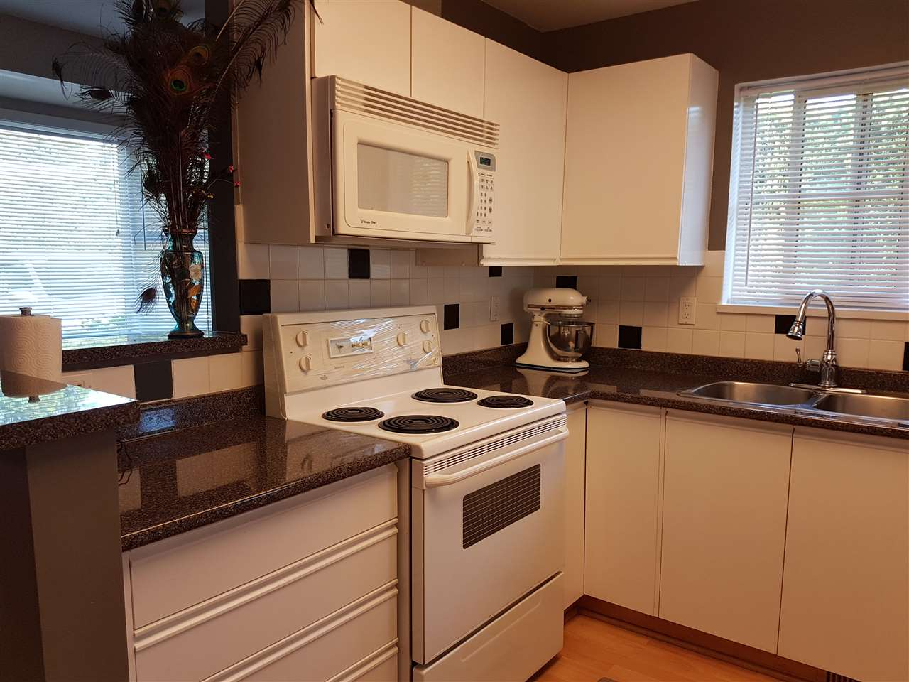 Townhouse at 23 9088 HOLT ROAD, Unit 23, Surrey, British Columbia. Image 5