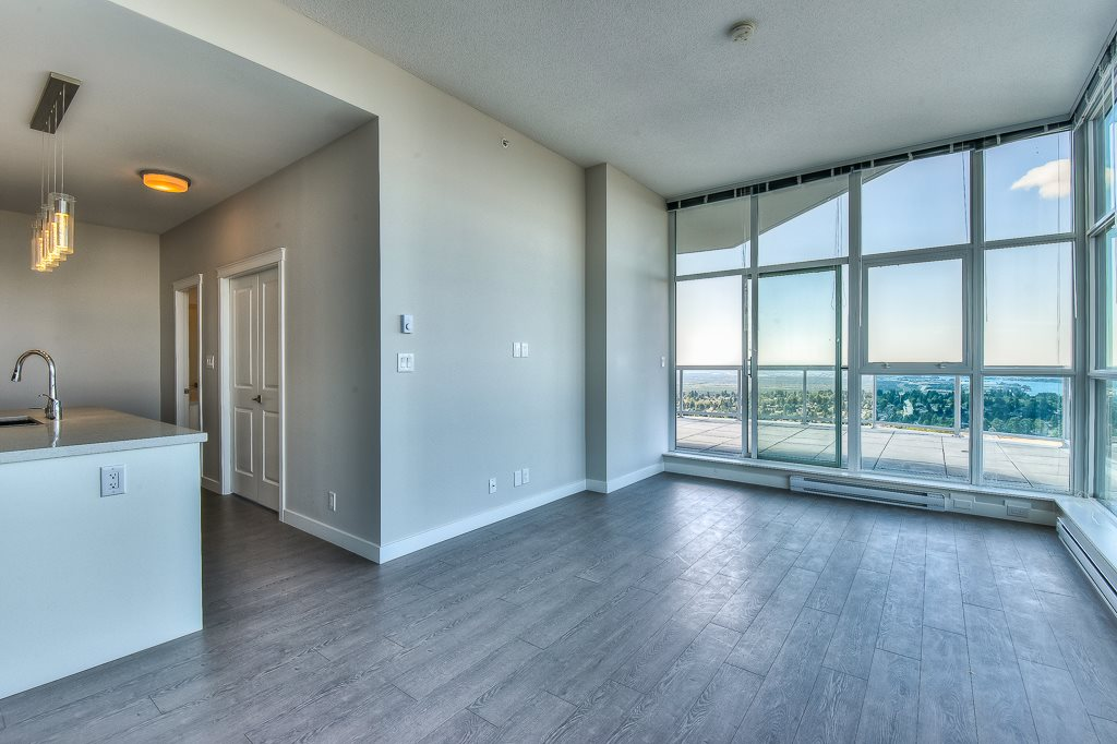 Condo Apartment at 3802 11967 80 AVENUE, Unit 3802, N. Delta, British Columbia. Image 4