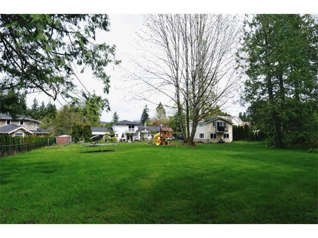 Detached at 24160 125 AVENUE, Maple Ridge, British Columbia. Image 4