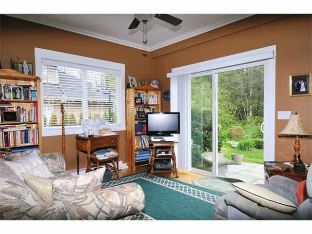Detached at 24160 125 AVENUE, Maple Ridge, British Columbia. Image 10
