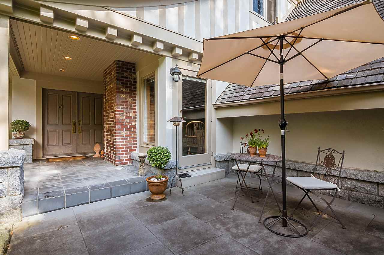 Detached at 1323 THE CRESCENT, Vancouver West, British Columbia. Image 2