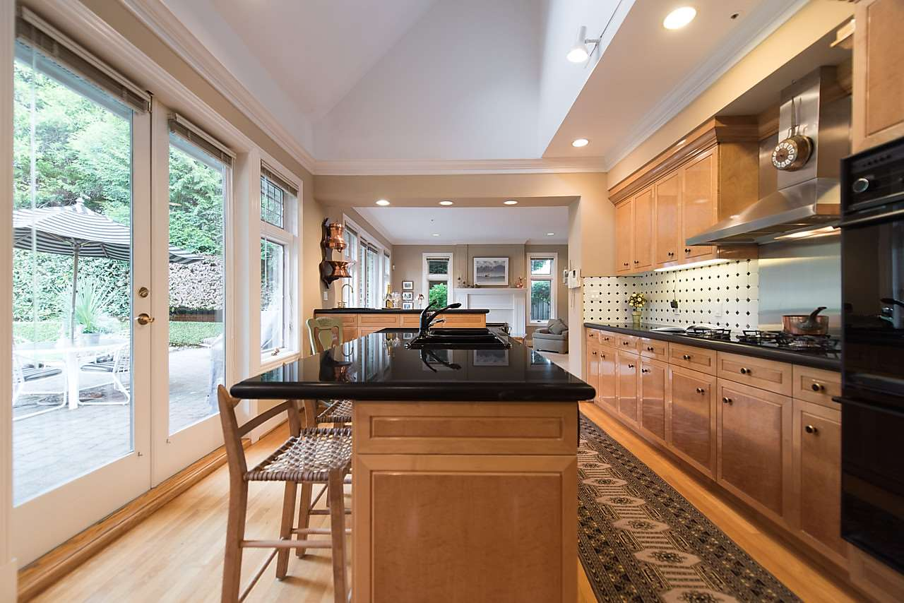 Detached at 1323 THE CRESCENT, Vancouver West, British Columbia. Image 10