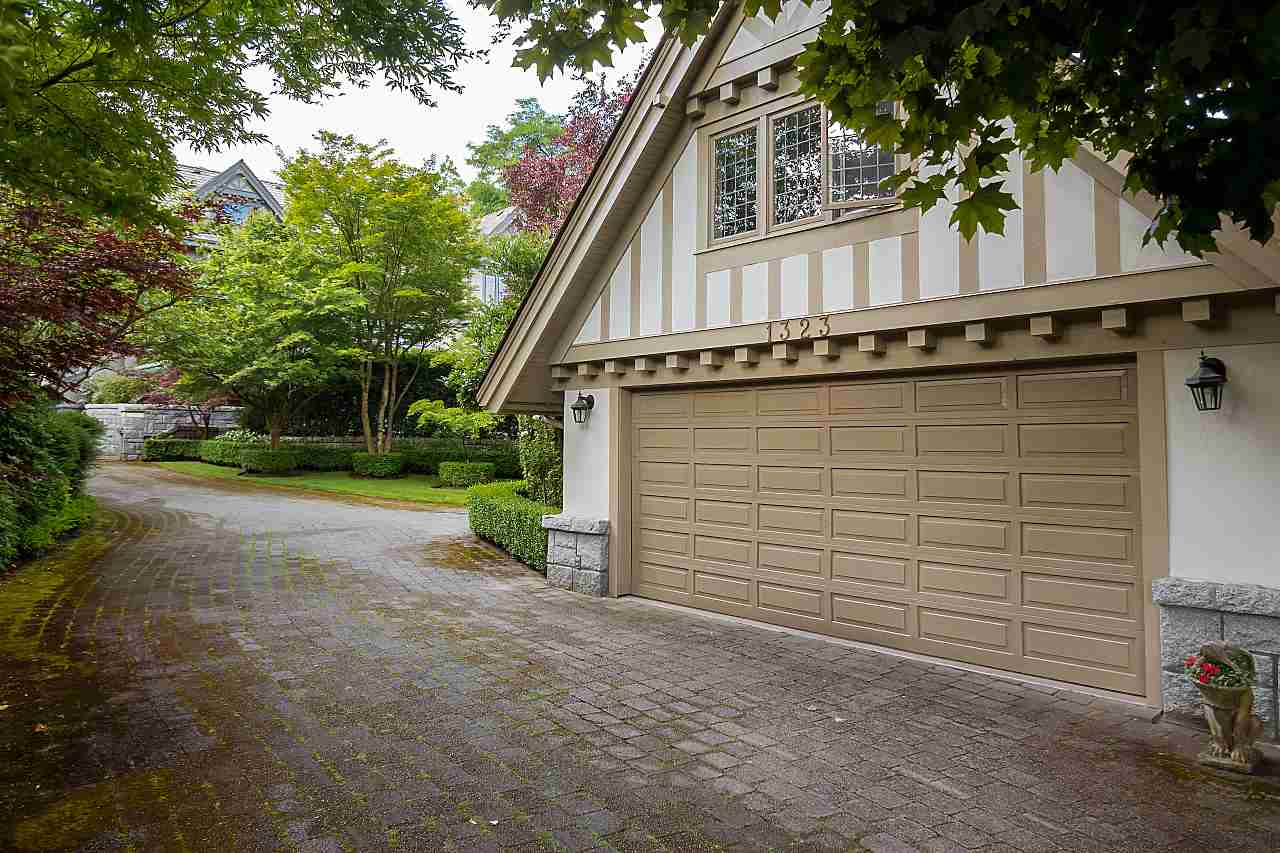 Detached at 1323 THE CRESCENT, Vancouver West, British Columbia. Image 20