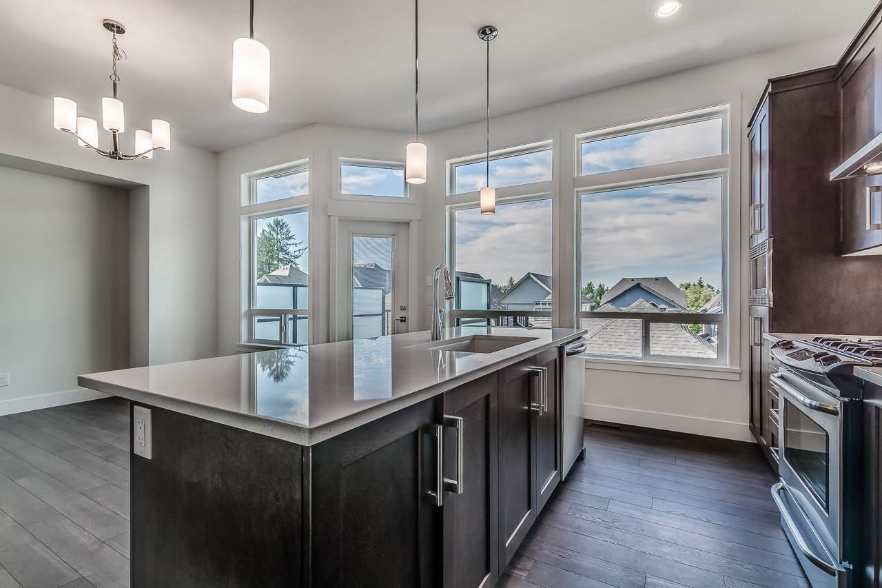 Detached at 15835 29A AVENUE, South Surrey White Rock, British Columbia. Image 8