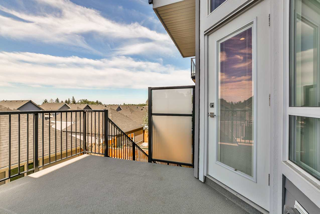 Detached at 15835 29A AVENUE, South Surrey White Rock, British Columbia. Image 16
