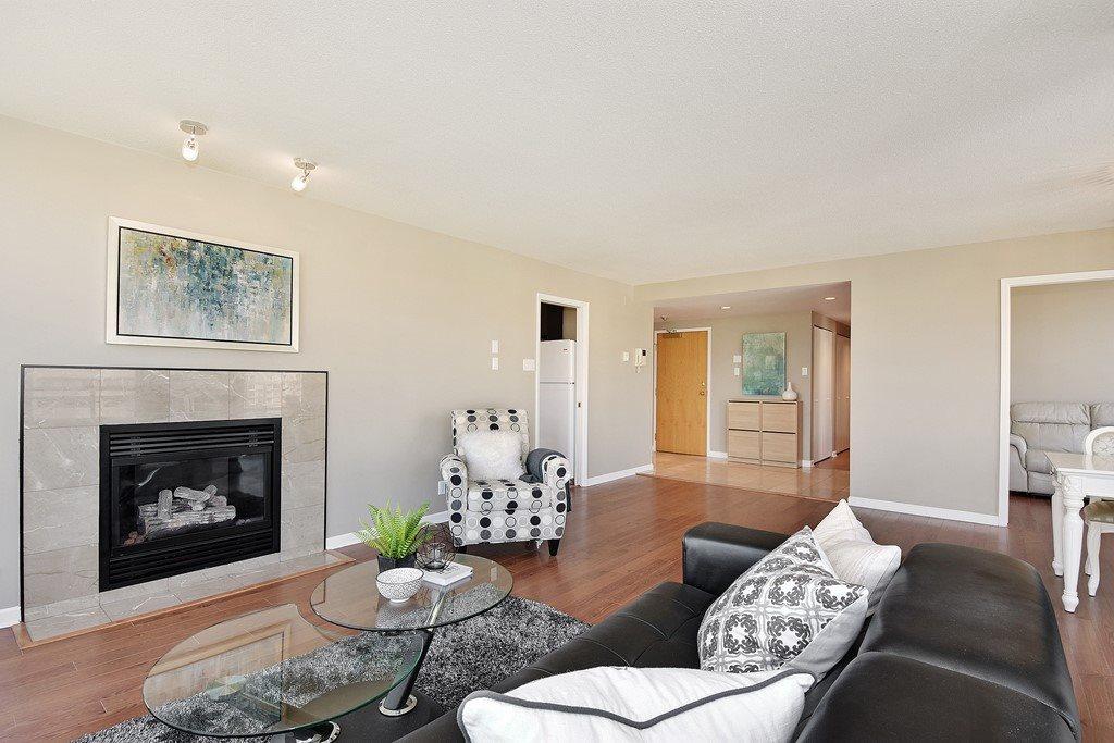 Condo Apartment at 602 1590 W 8TH AVENUE, Unit 602, Vancouver West, British Columbia. Image 6