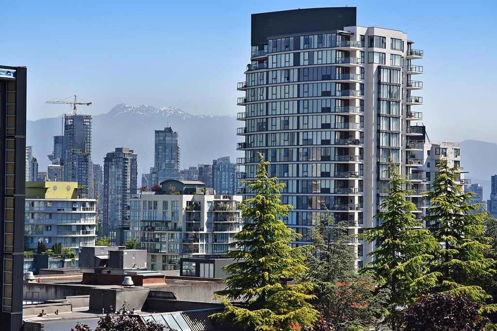 Condo Apartment at 602 1590 W 8TH AVENUE, Unit 602, Vancouver West, British Columbia. Image 20