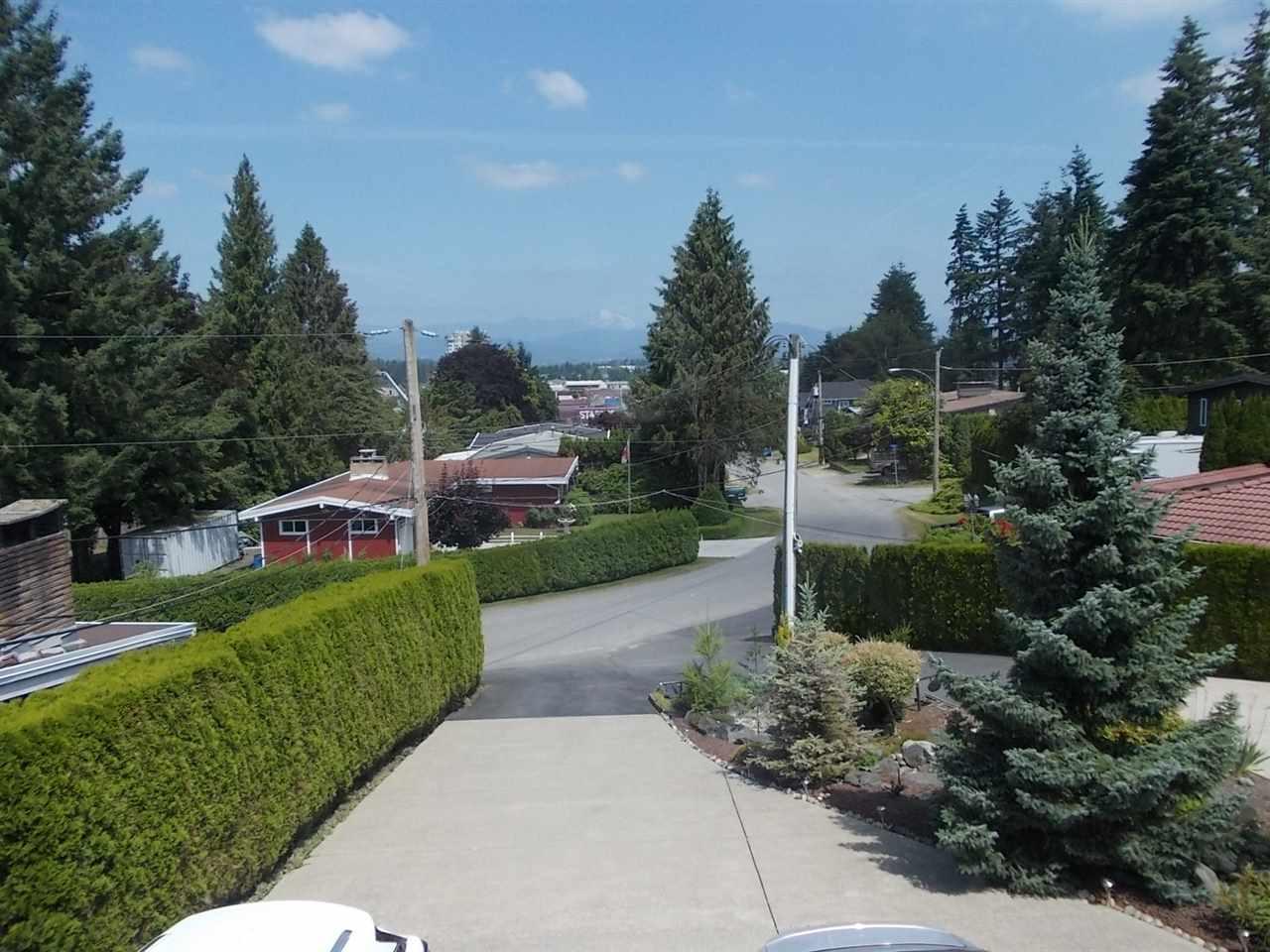 Detached at 2462 MAGNOLIA CRESCENT, Abbotsford, British Columbia. Image 17