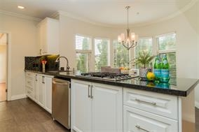 Detached at 2554 WESTHILL CLOSE, West Vancouver, British Columbia. Image 9