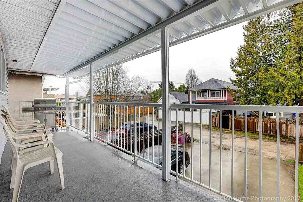 Detached at 9240 PATTERSON ROAD, Richmond, British Columbia. Image 12