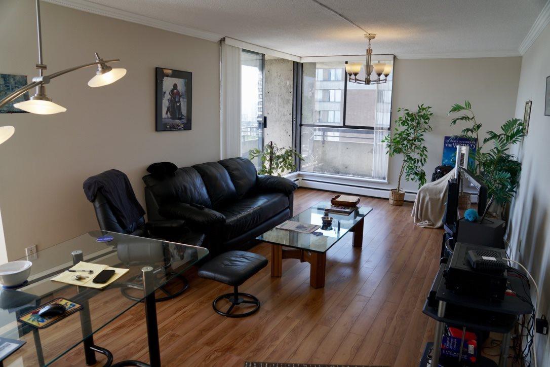 Condo Apartment at 1705 3755 BARTLETT COURT, Unit 1705, Burnaby North, British Columbia. Image 2