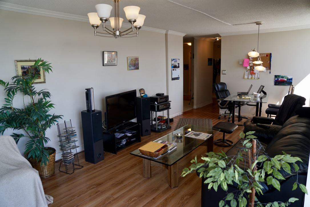 Condo Apartment at 1705 3755 BARTLETT COURT, Unit 1705, Burnaby North, British Columbia. Image 3