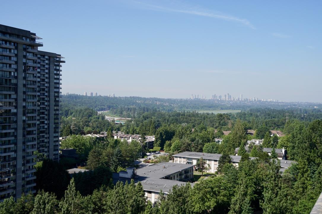 Condo Apartment at 1705 3755 BARTLETT COURT, Unit 1705, Burnaby North, British Columbia. Image 11