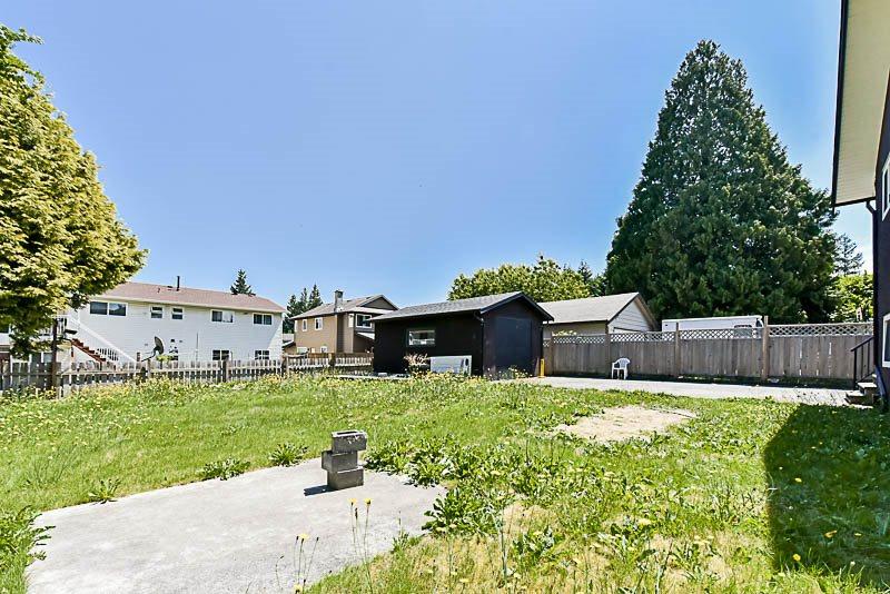 Detached at 9294 116 STREET, N. Delta, British Columbia. Image 17