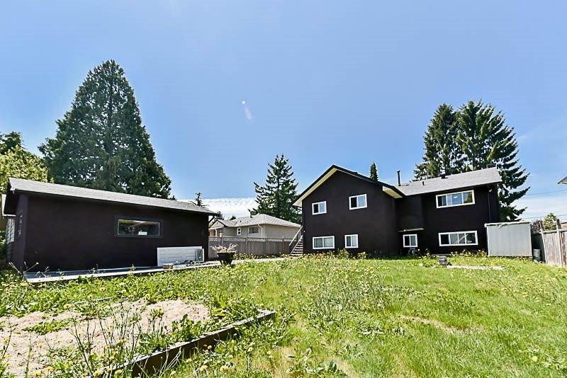 Detached at 9294 116 STREET, N. Delta, British Columbia. Image 18