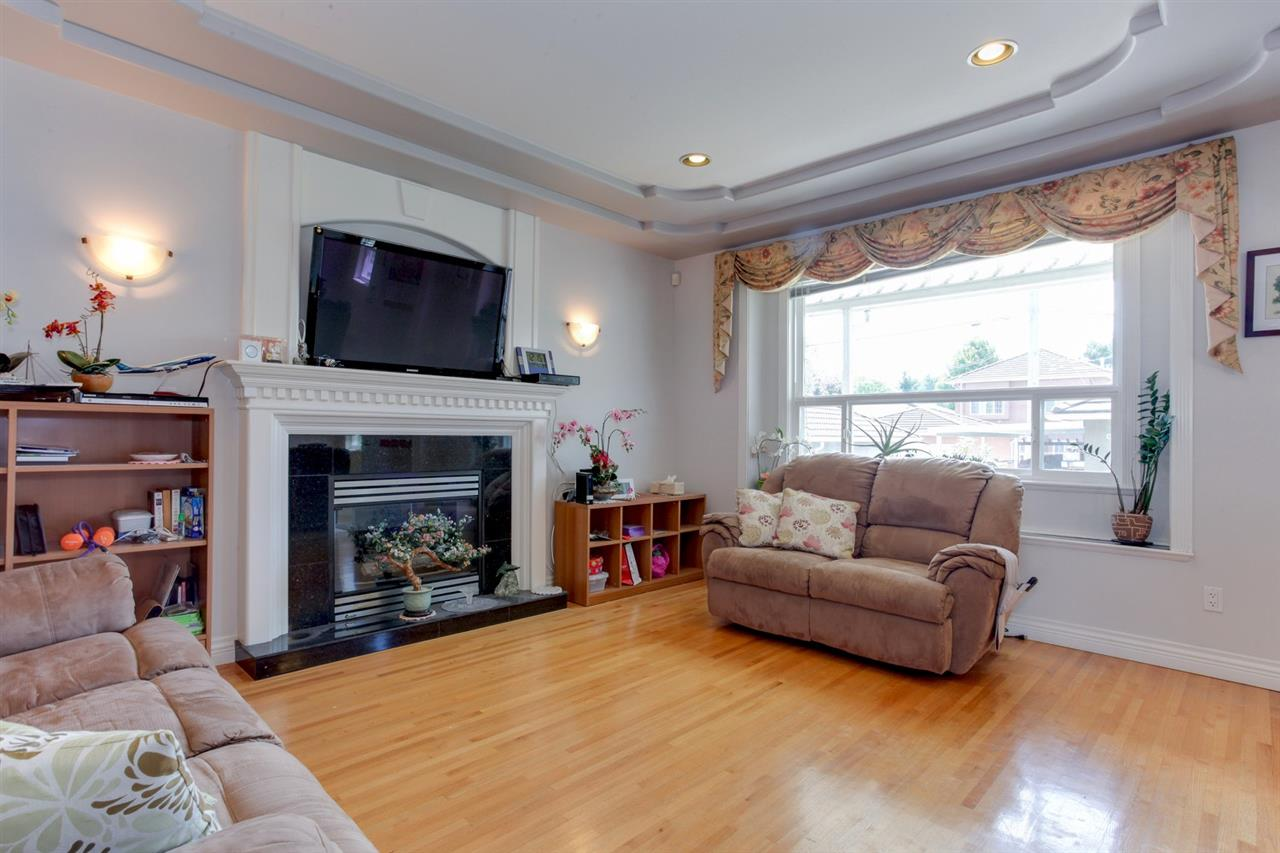 Detached at 2828 E 24TH AVENUE, Vancouver East, British Columbia. Image 6