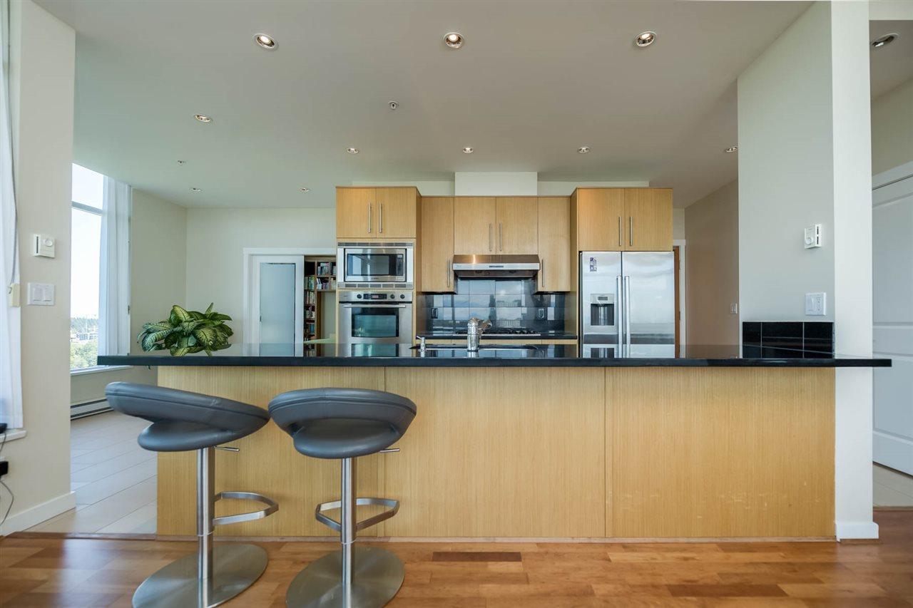 Condo Apartment at 1801 2688 WEST MALL, Unit 1801, Vancouver West, British Columbia. Image 4
