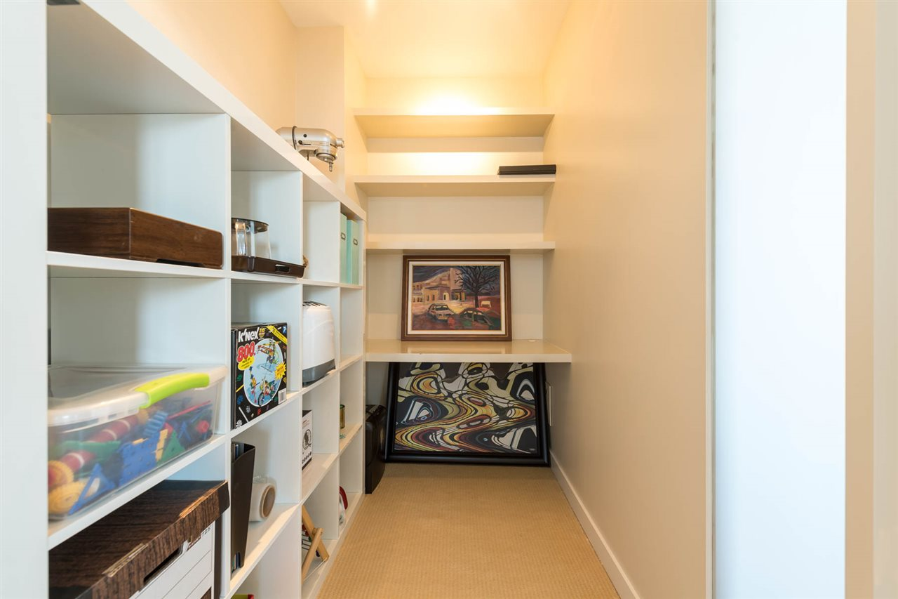 Condo Apartment at 1801 2688 WEST MALL, Unit 1801, Vancouver West, British Columbia. Image 10