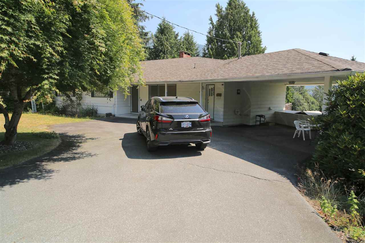 Detached at 574 ST. GILES ROAD, West Vancouver, British Columbia. Image 2