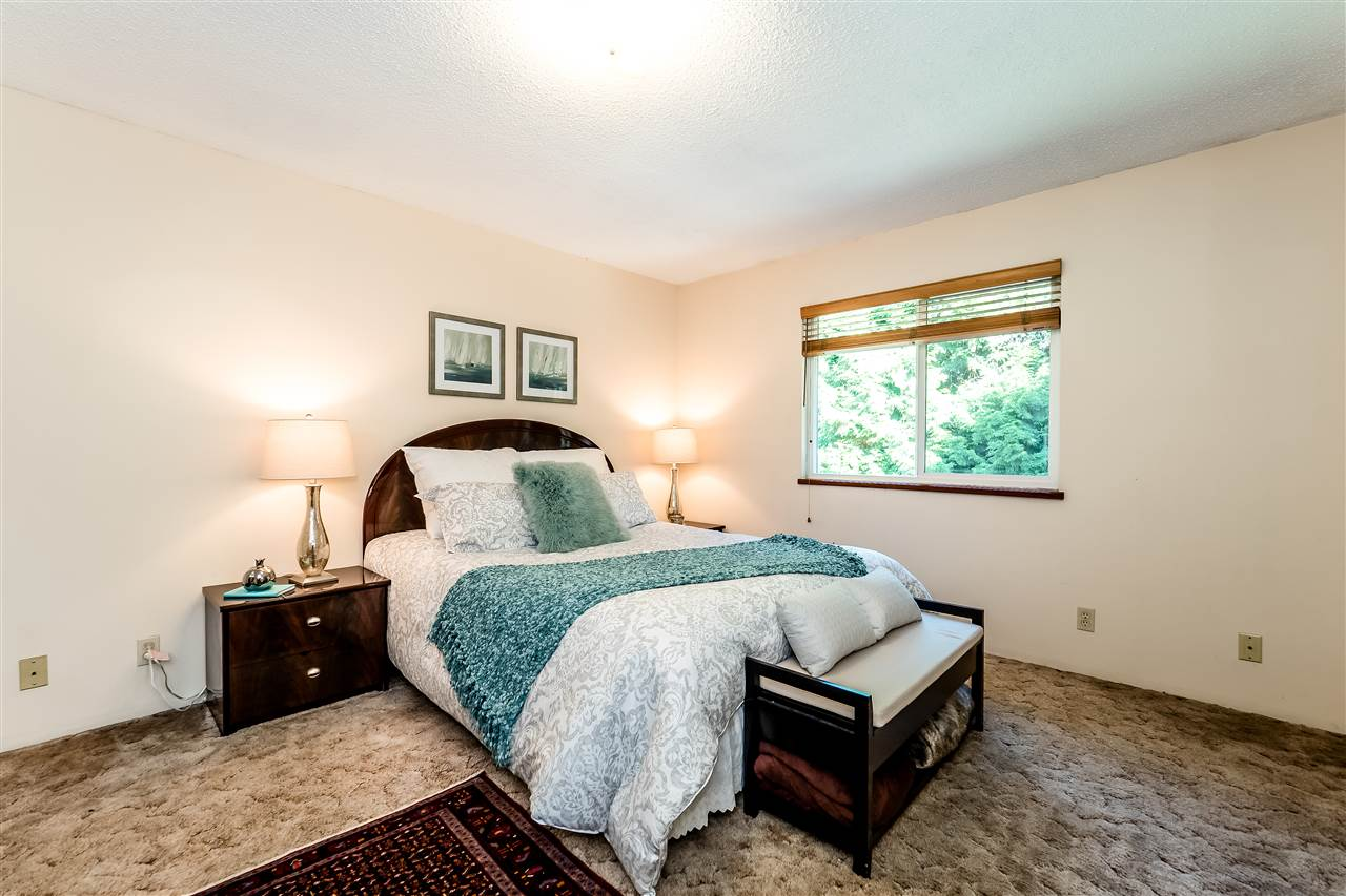 Detached at 3336 MANNING CRESCENT, North Vancouver, British Columbia. Image 13