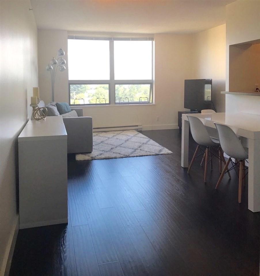 Condo Apartment at 1501 3663 CROWLEY DRIVE, Unit 1501, Vancouver East, British Columbia. Image 2