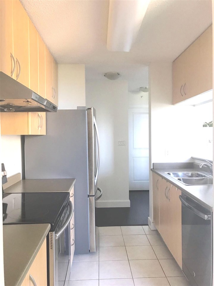 Condo Apartment at 1501 3663 CROWLEY DRIVE, Unit 1501, Vancouver East, British Columbia. Image 7