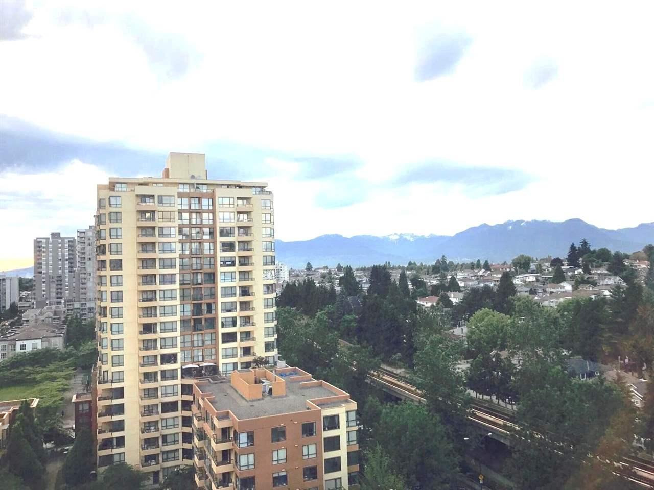 Condo Apartment at 1501 3663 CROWLEY DRIVE, Unit 1501, Vancouver East, British Columbia. Image 18