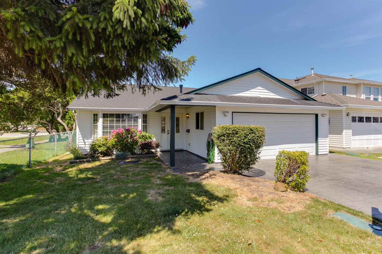 Detached at 5915 49 AVENUE, Ladner, British Columbia. Image 1