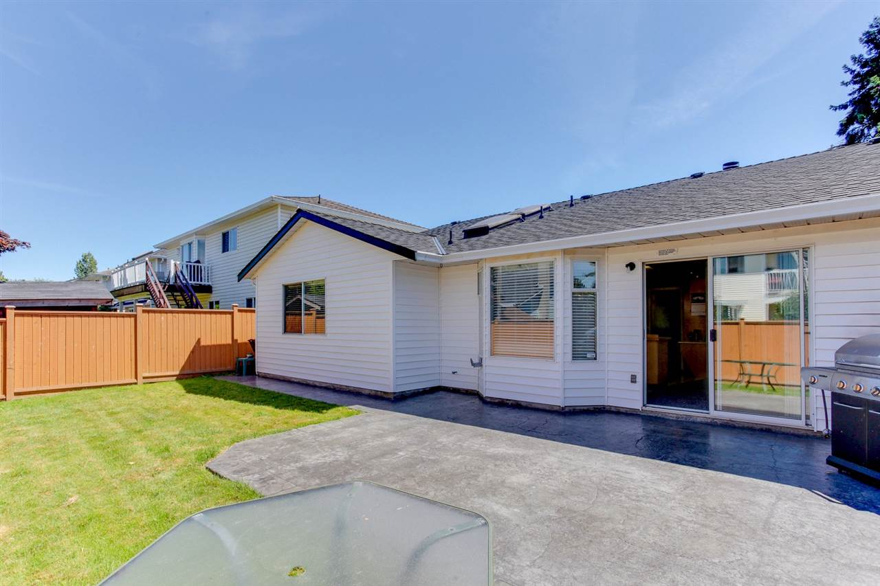 Detached at 5915 49 AVENUE, Ladner, British Columbia. Image 17
