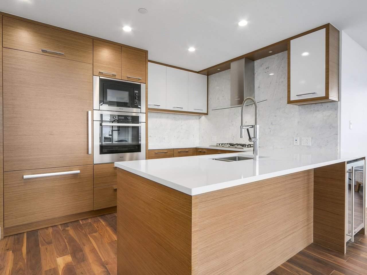 Condo Apartment at 1202 4360 BERESFORD STREET, Unit 1202, Burnaby South, British Columbia. Image 3