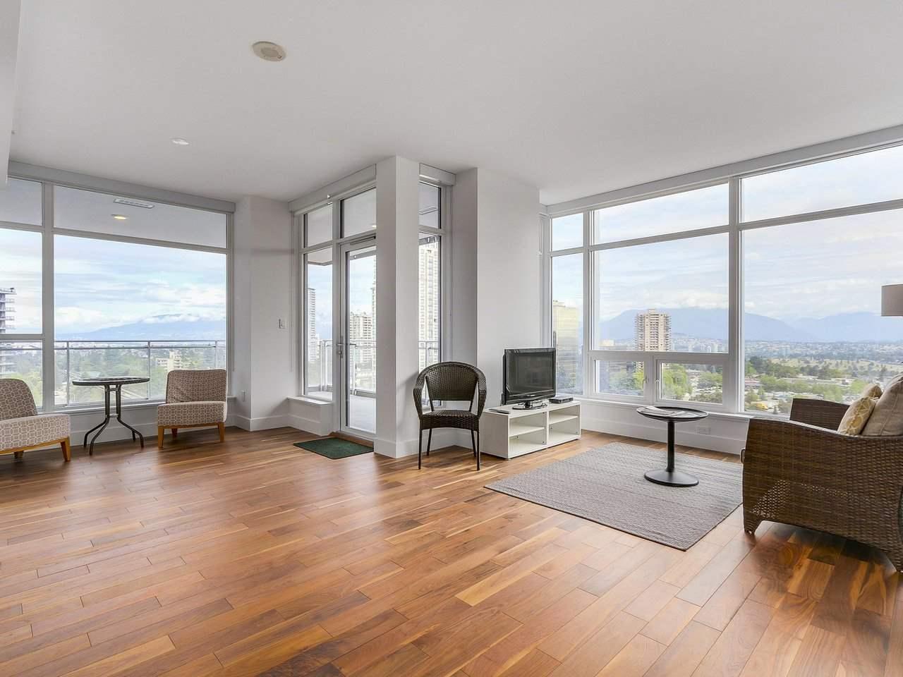 Condo Apartment at 1202 4360 BERESFORD STREET, Unit 1202, Burnaby South, British Columbia. Image 6