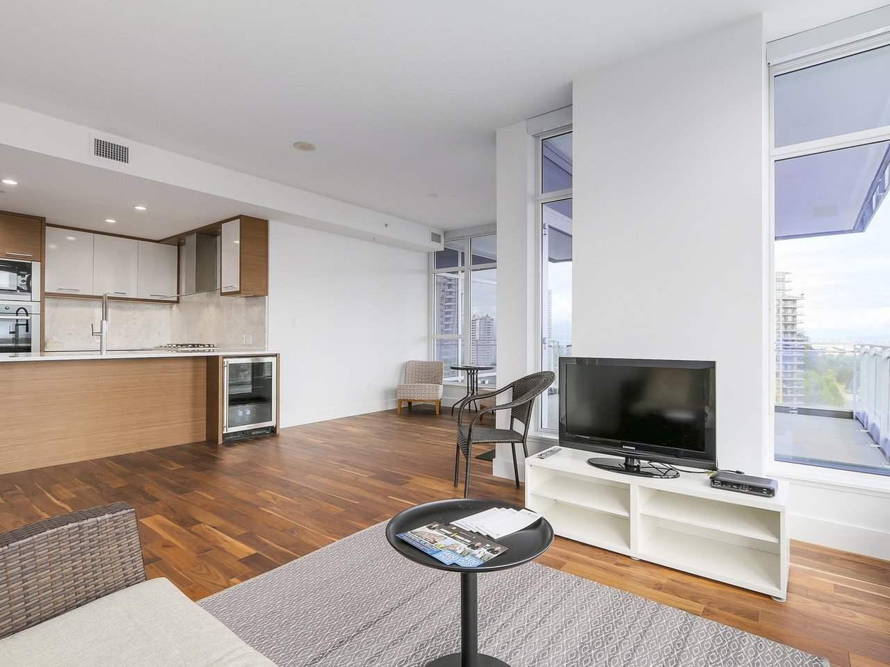 Condo Apartment at 1202 4360 BERESFORD STREET, Unit 1202, Burnaby South, British Columbia. Image 9