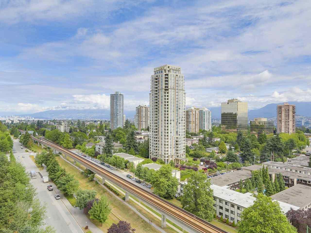 Condo Apartment at 1202 4360 BERESFORD STREET, Unit 1202, Burnaby South, British Columbia. Image 15