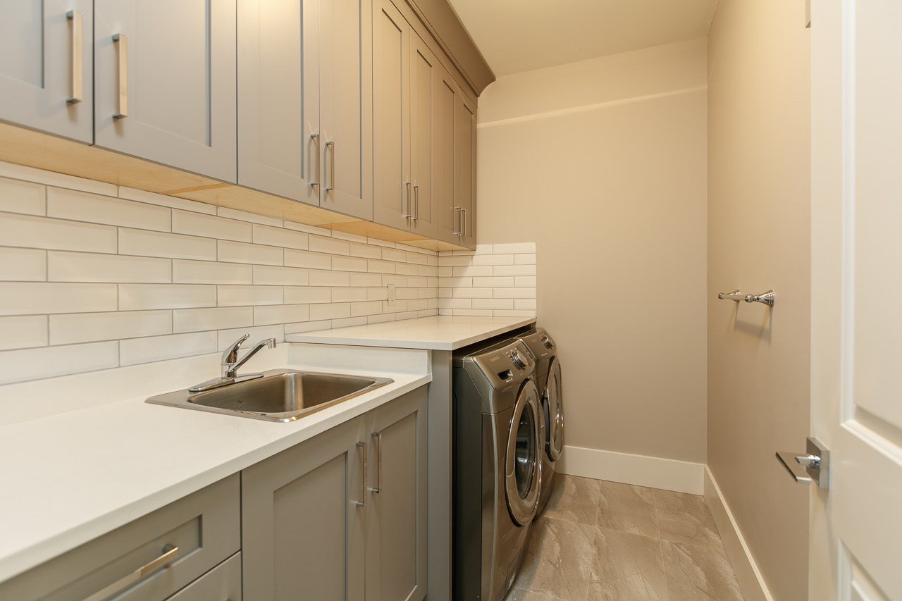 Detached at 11311 SCHOONER COURT, Richmond, British Columbia. Image 8