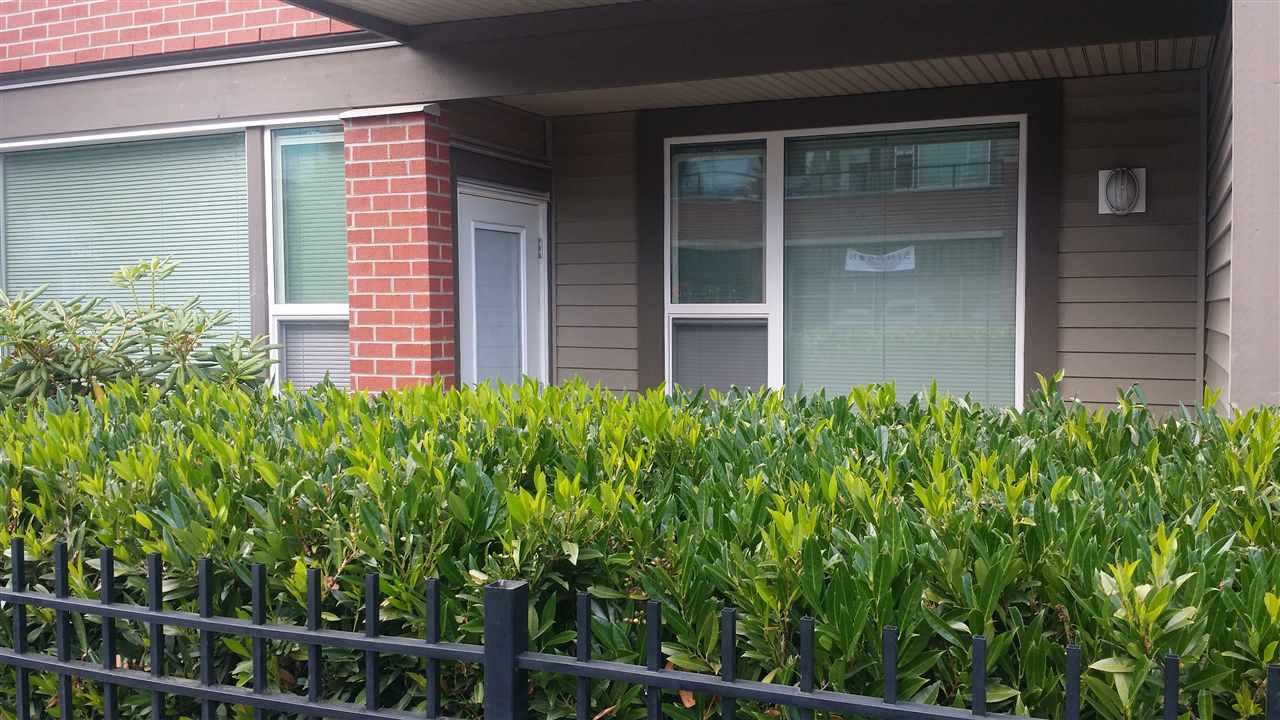 Condo Apartment at 105 33539 HOLLAND AVENUE, Unit 105, Abbotsford, British Columbia. Image 4
