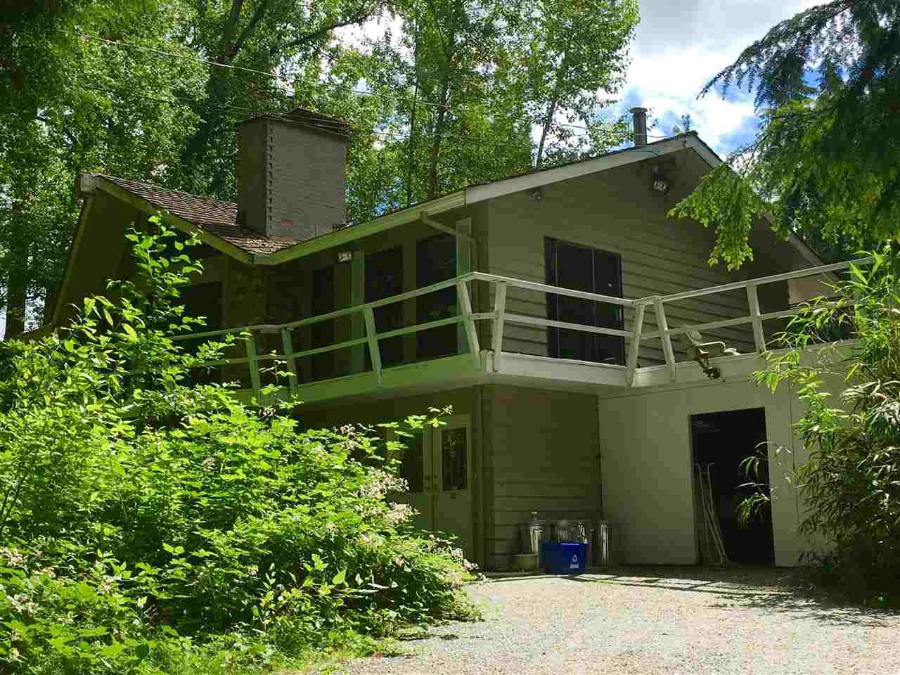 Detached at 25388 ROBERTSON CRESCENT, Langley, British Columbia. Image 1