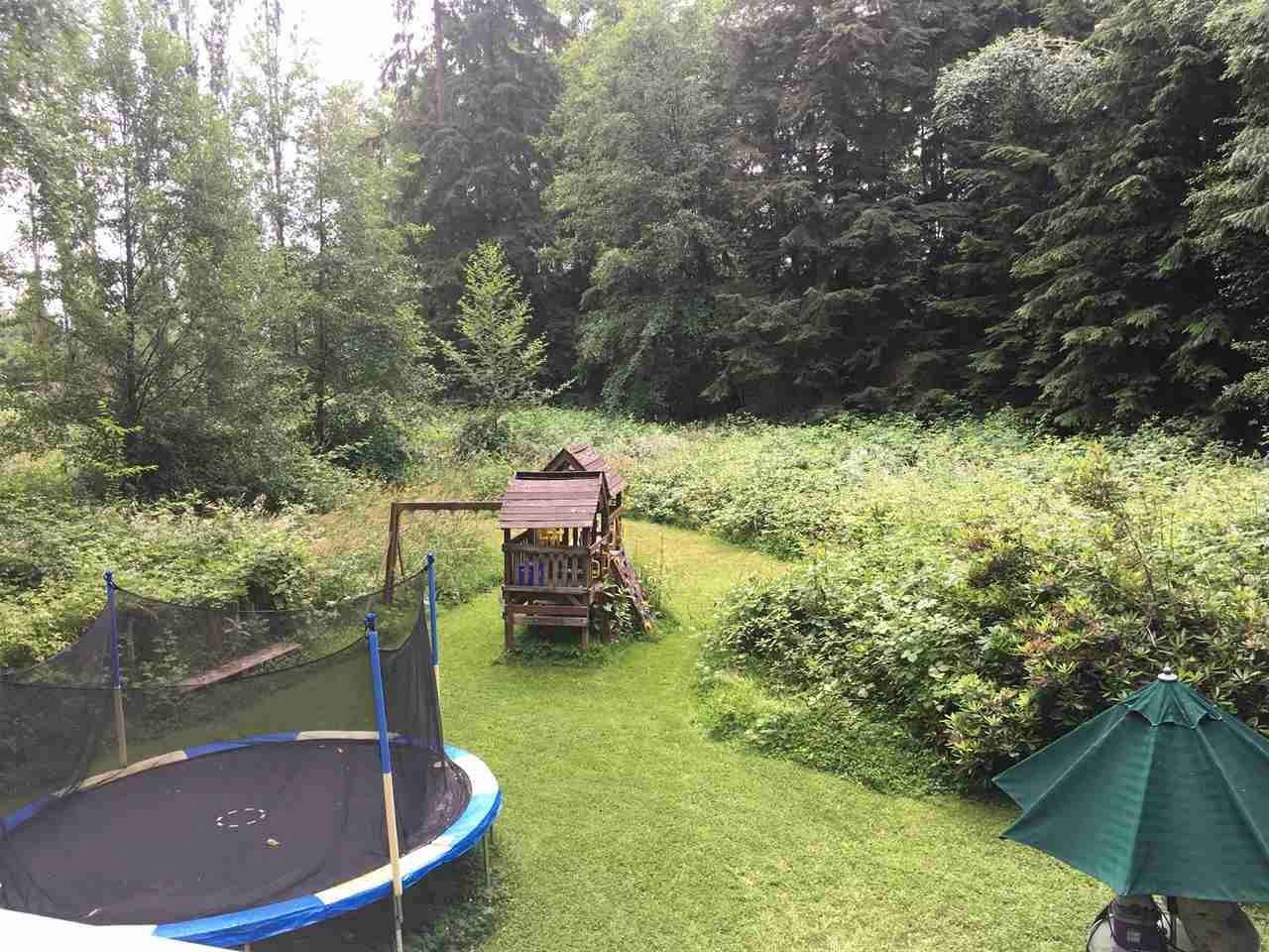 Detached at 25388 ROBERTSON CRESCENT, Langley, British Columbia. Image 2