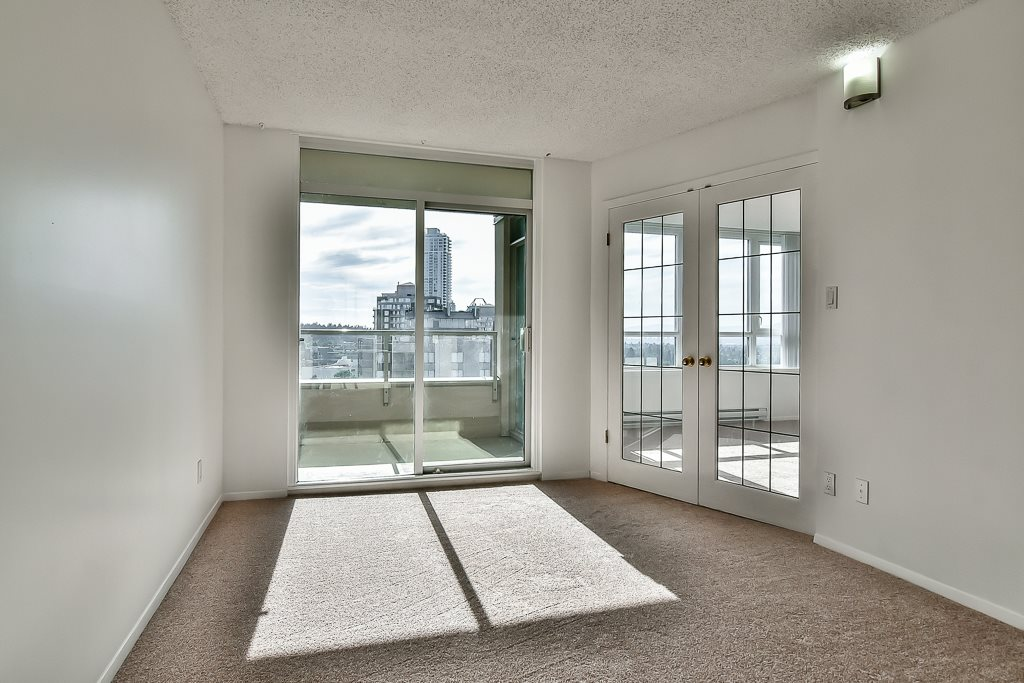 Condo Apartment at 1805 6070 MCMURRAY AVENUE, Unit 1805, Burnaby South, British Columbia. Image 3