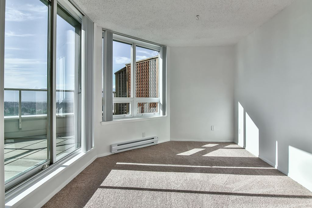 Condo Apartment at 1805 6070 MCMURRAY AVENUE, Unit 1805, Burnaby South, British Columbia. Image 4