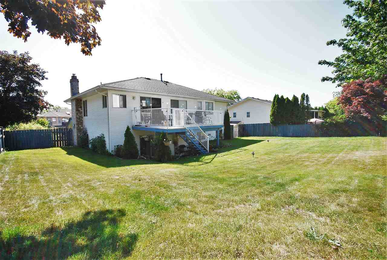 Detached at 3018 GLENDALE PLACE, Abbotsford, British Columbia. Image 12