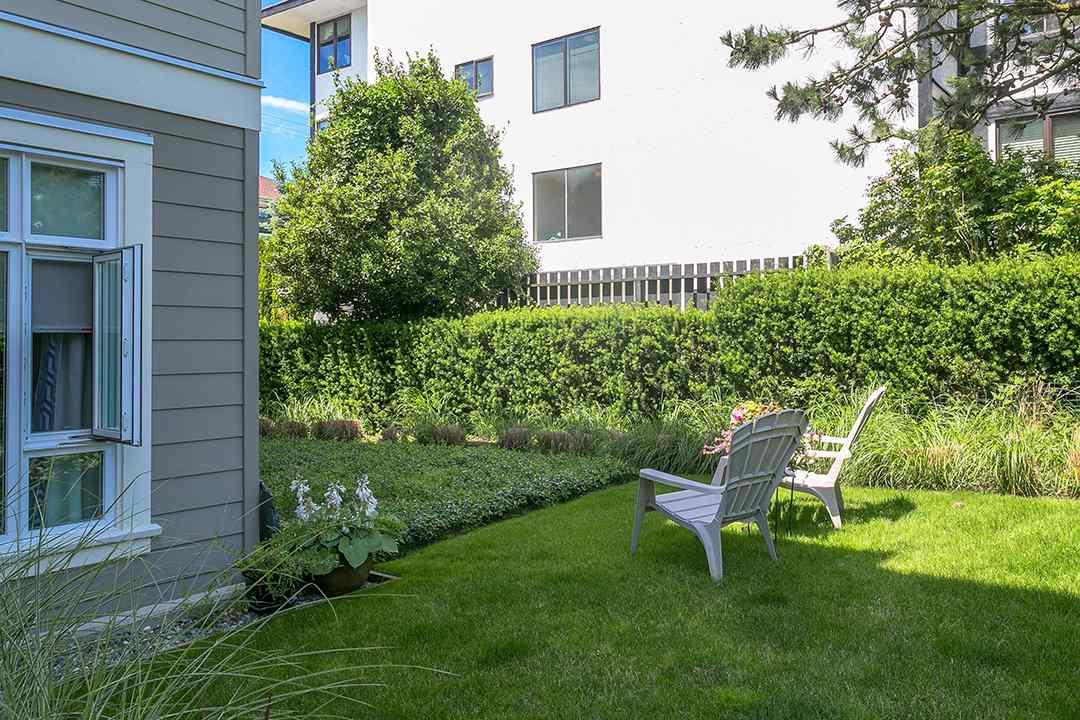 Condo Apartment at 108 1333 WINTER STREET, Unit 108, South Surrey White Rock, British Columbia. Image 9