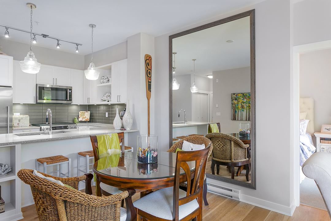 Condo Apartment at 108 1333 WINTER STREET, Unit 108, South Surrey White Rock, British Columbia. Image 10