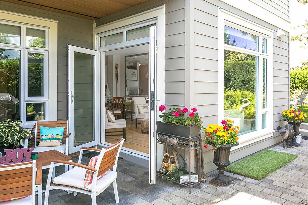 Condo Apartment at 108 1333 WINTER STREET, Unit 108, South Surrey White Rock, British Columbia. Image 14