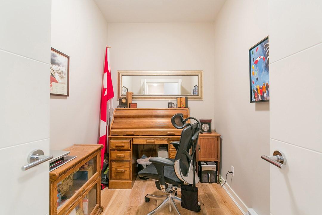 Condo Apartment at 108 1333 WINTER STREET, Unit 108, South Surrey White Rock, British Columbia. Image 16