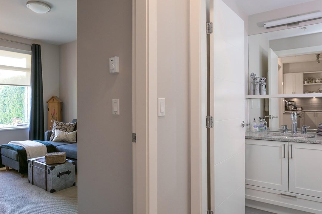 Condo Apartment at 108 1333 WINTER STREET, Unit 108, South Surrey White Rock, British Columbia. Image 17