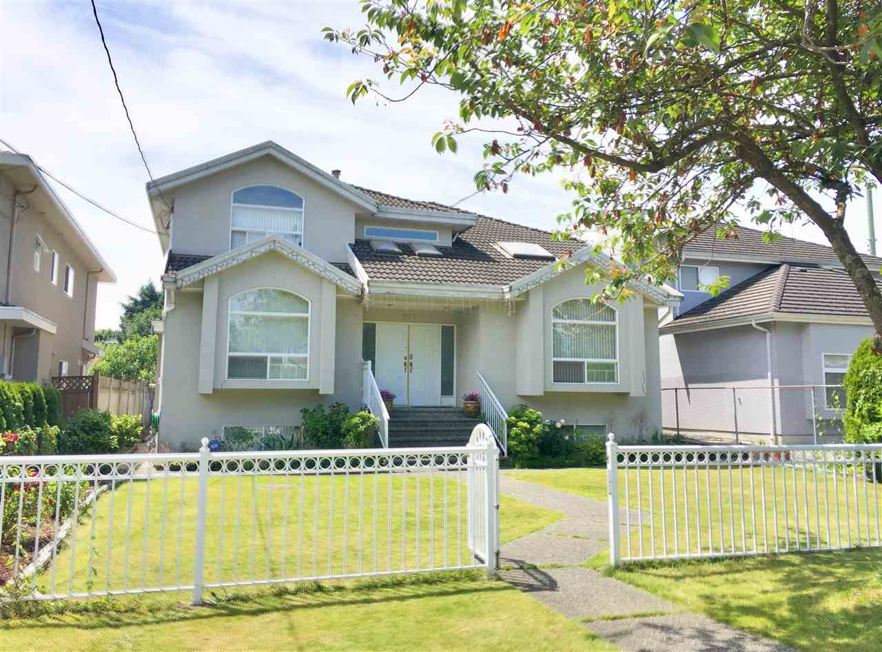 Detached at 7617 1ST STREET, Burnaby East, British Columbia. Image 2