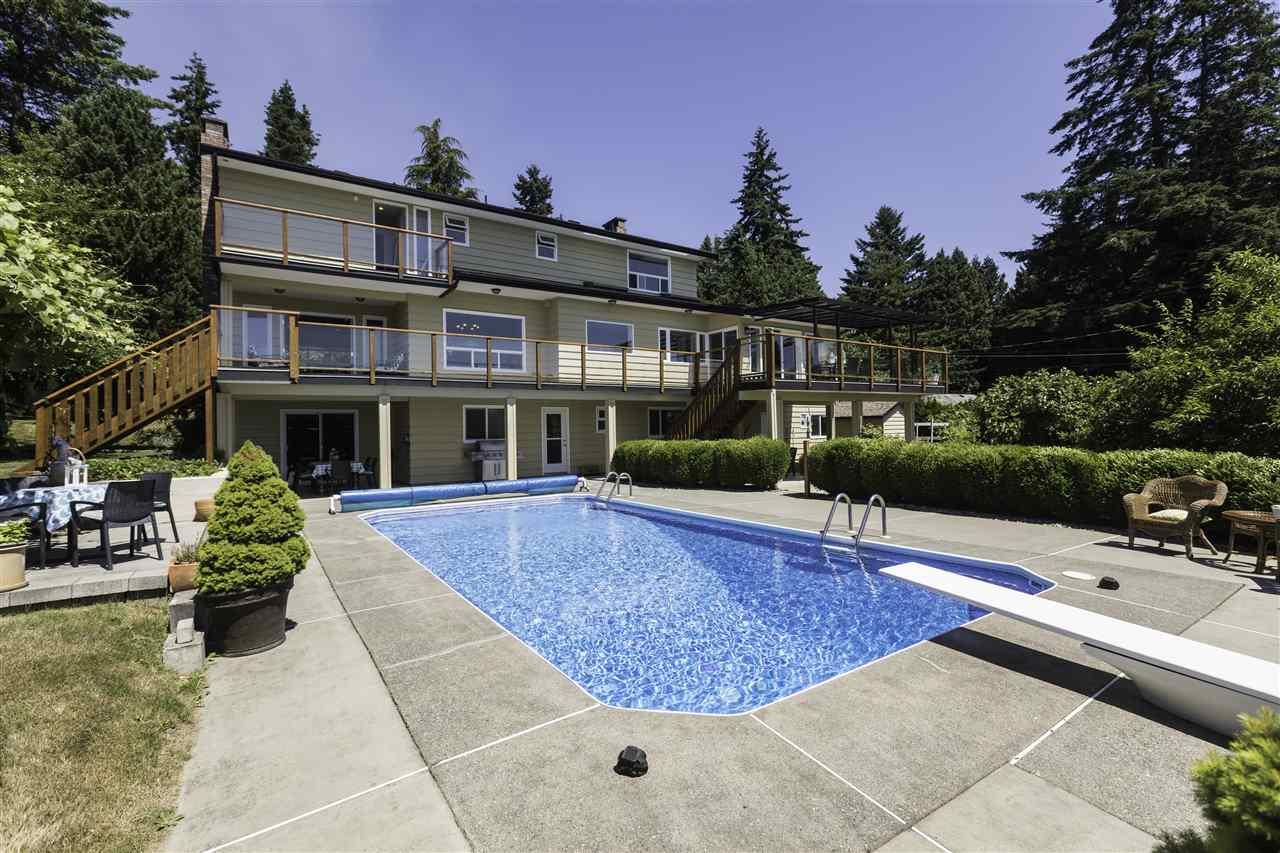 Detached at 12940 54A AVENUE, Surrey, British Columbia. Image 20