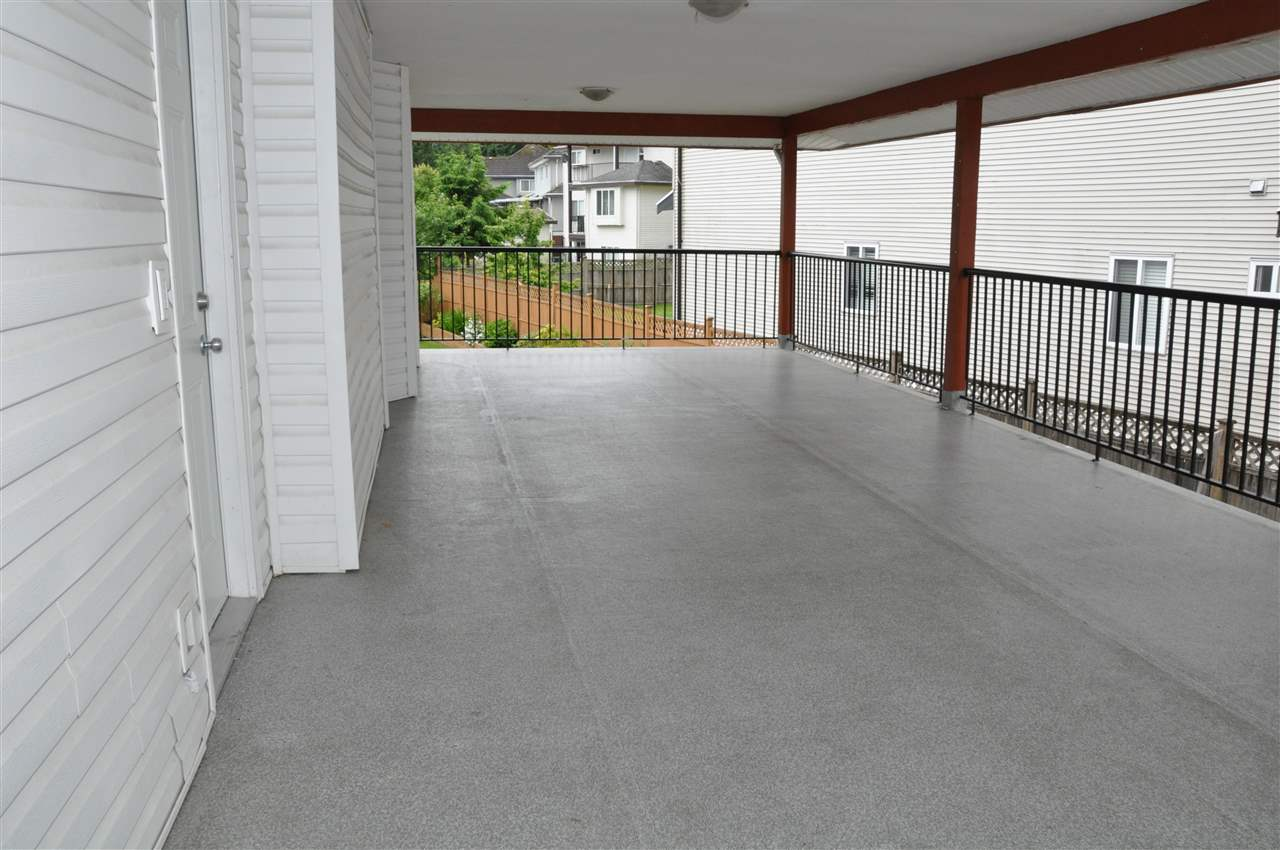 Detached at 7865 148 STREET, Surrey, British Columbia. Image 12
