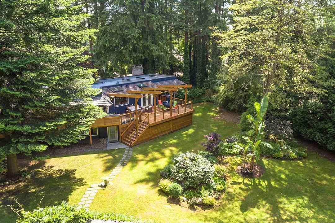 Detached at 2585 141 STREET, South Surrey White Rock, British Columbia. Image 5